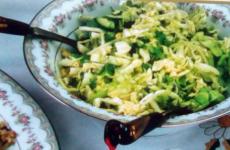 Простой салат из капусты. Азербайджанская кухня