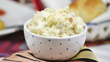 Салат из кислой капусты по немецки «Буржуйский»! С добавлением шампанского!
